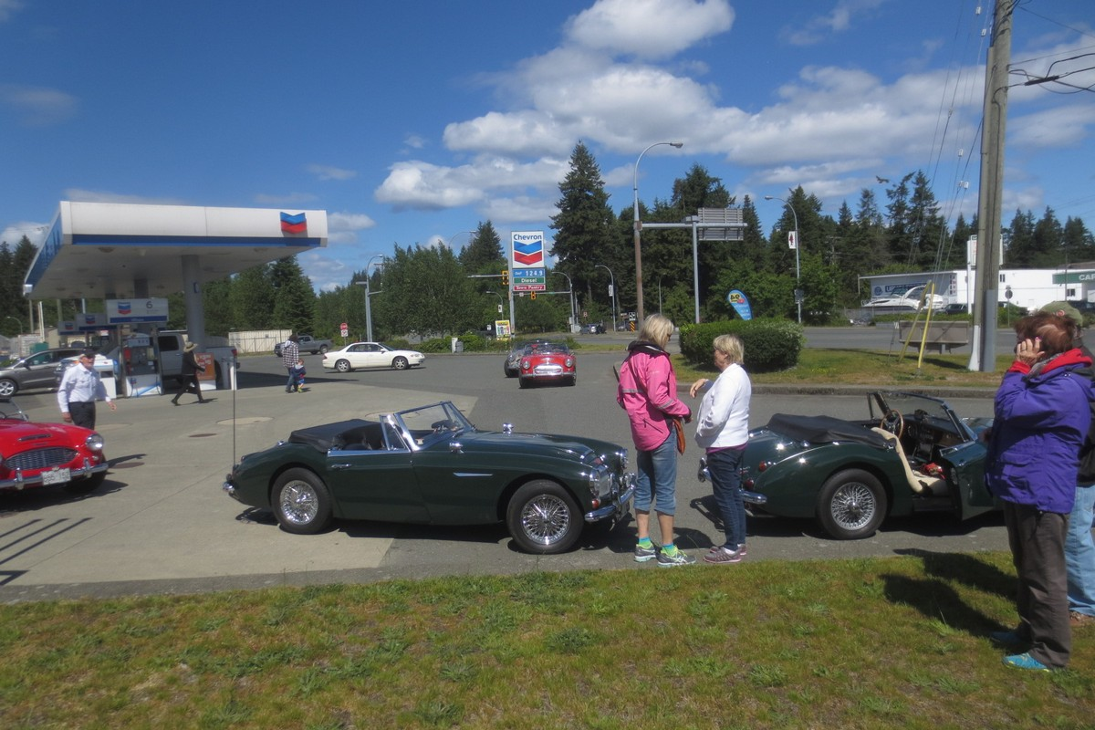 Gassing up in Campbell River)